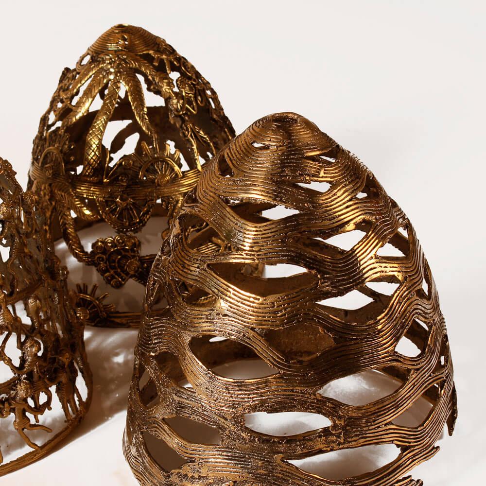 Lotus-pod-brass-lamp-5.