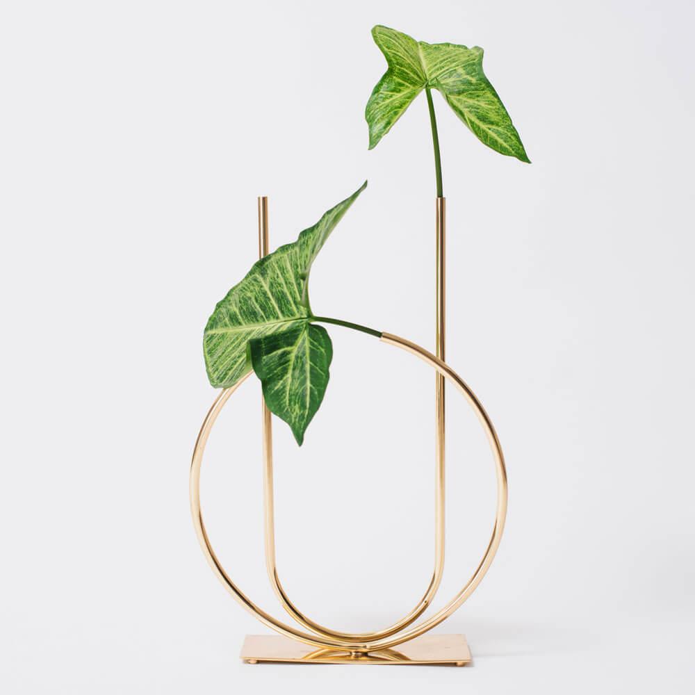 Magnolia-bass-bud-vase-4.