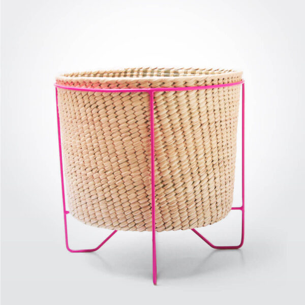 Palm leaf basket with pink stand large