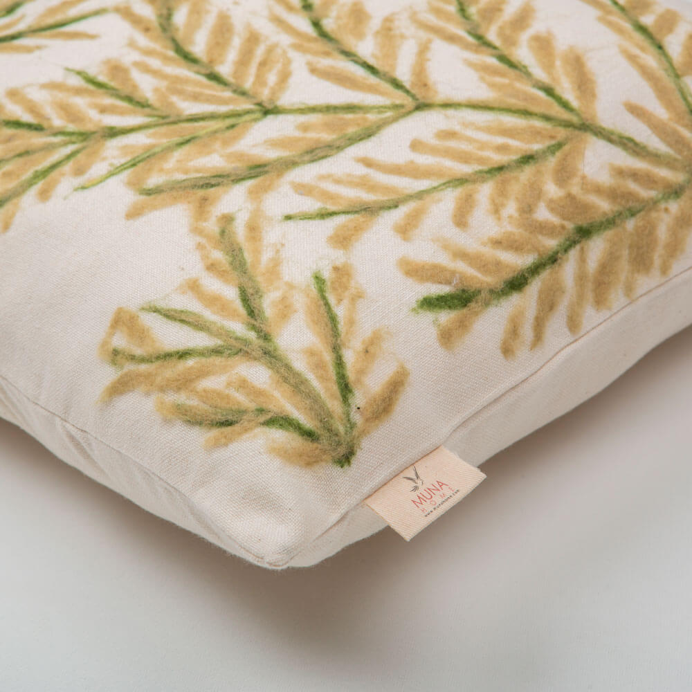 Leaves-wool-pillow-cover-4