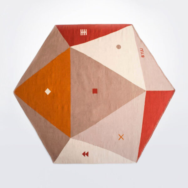Hexagon rug 2 product picture.