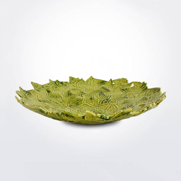 Plantain leaves ceramic centerpiece.