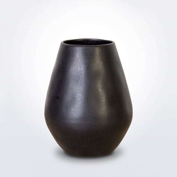 Black bulb vase product photo.