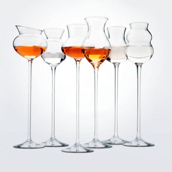 Distillates assorted glass set.