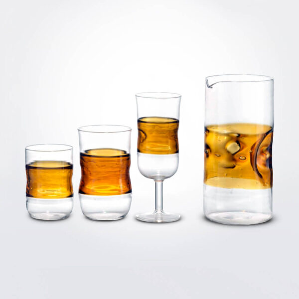 Honey coloured glass set.
