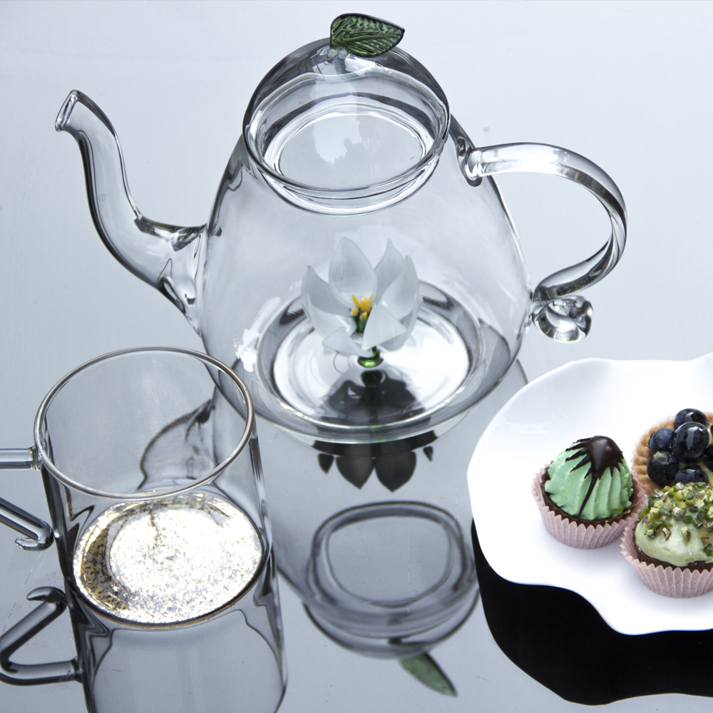 Lotus-glass-teapot-2