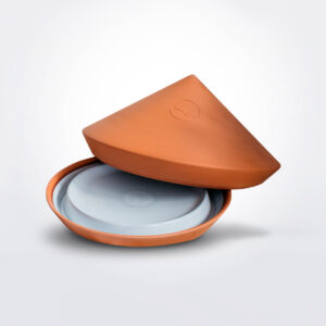 White spring ovenware product picture.