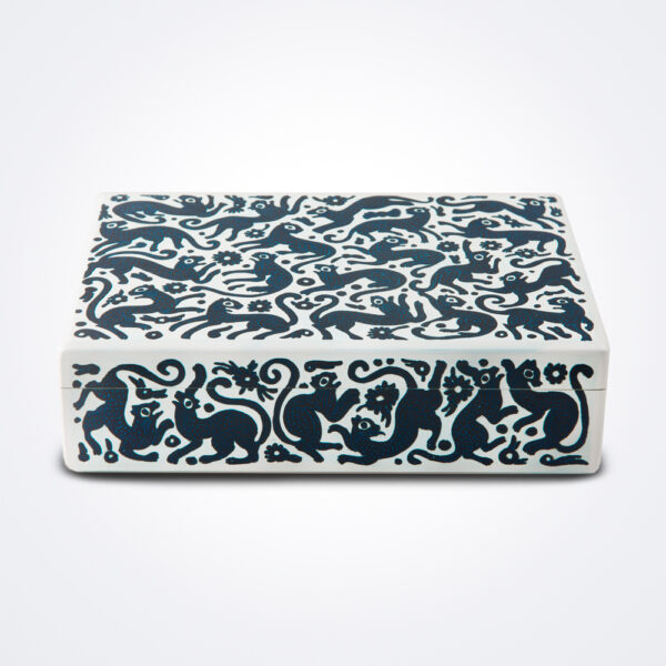 Blue and white wooden tea box product photo.