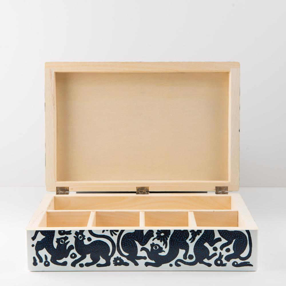 Black-and-white-woode- tea-box-3