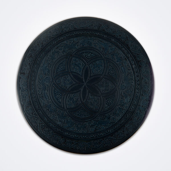 Black olinalá round tray product photo.