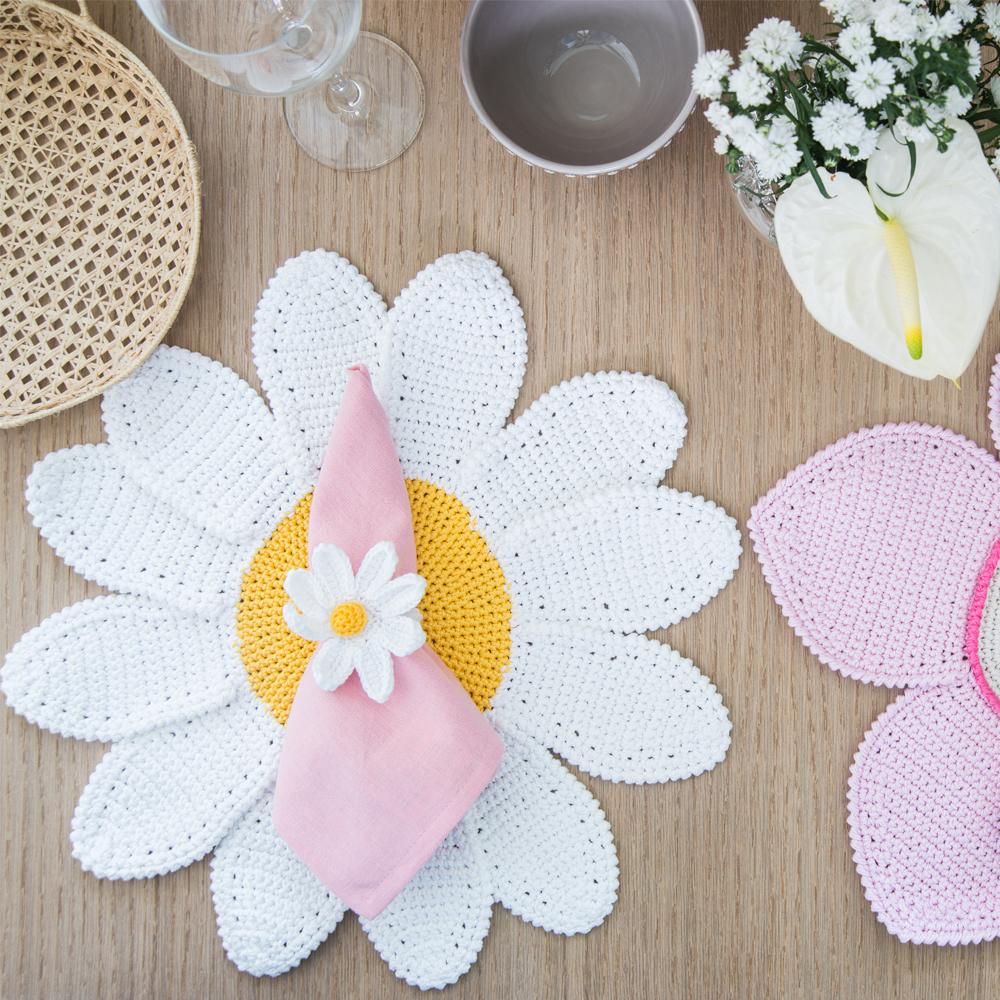 Crochet-Daisy Napkin-Ring-Set- I-7