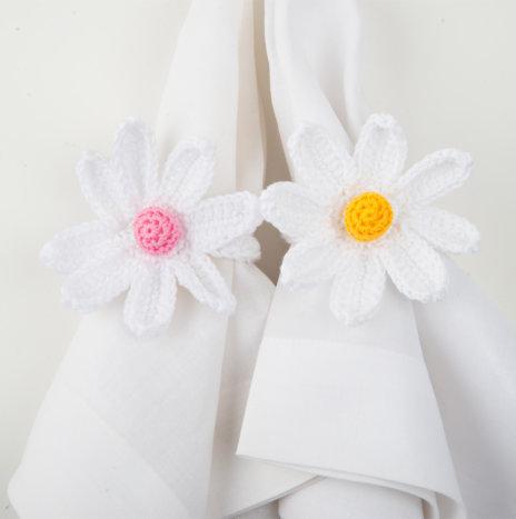 Crochet Daisy Napkin Ring Set I