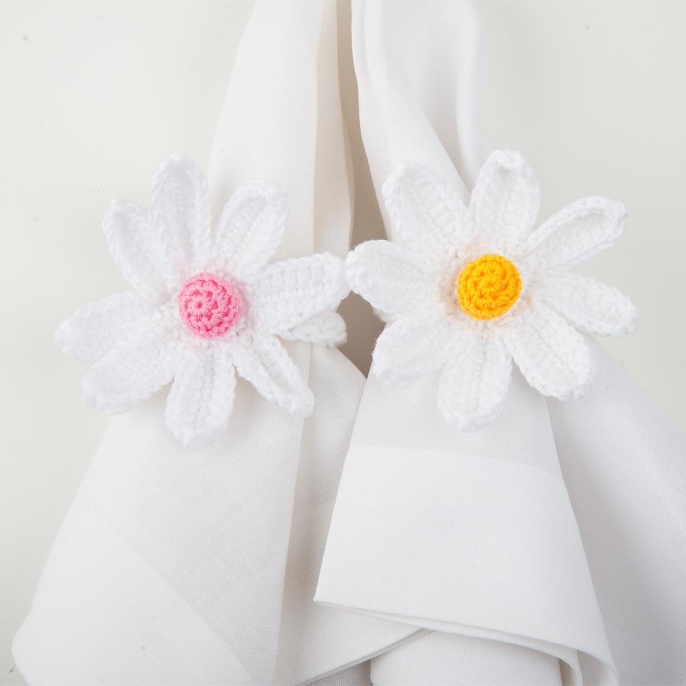 Crochet-daisy-napkin-ring-set-I-3
