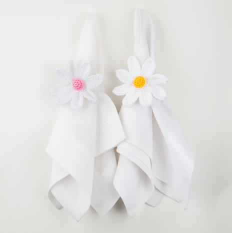 Crochet Daisy Napkin Ring Set I