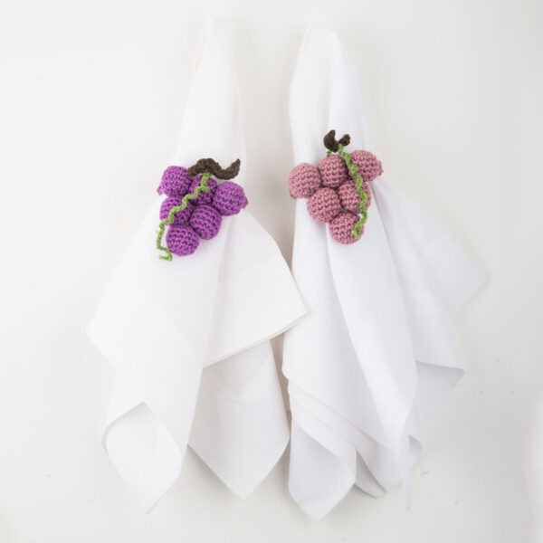 Crochet grape napkin ring set IV complete set.