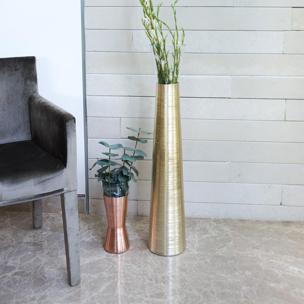 Futura-Cooper-Short-Vase-8