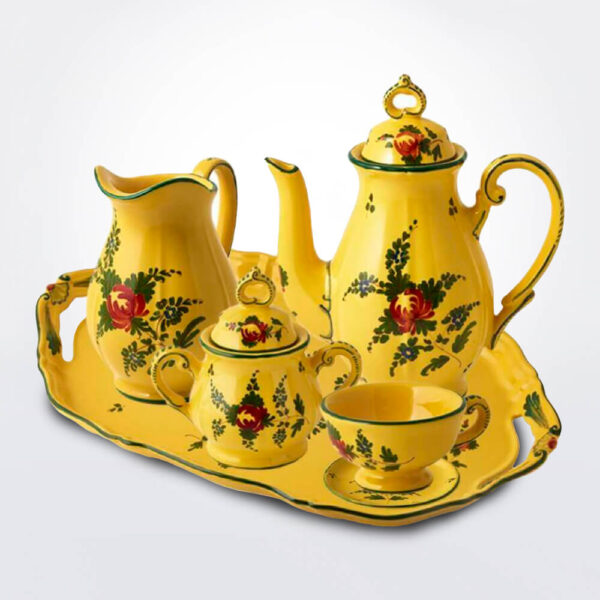 Giallo coffee serving set coffee cup complete set.