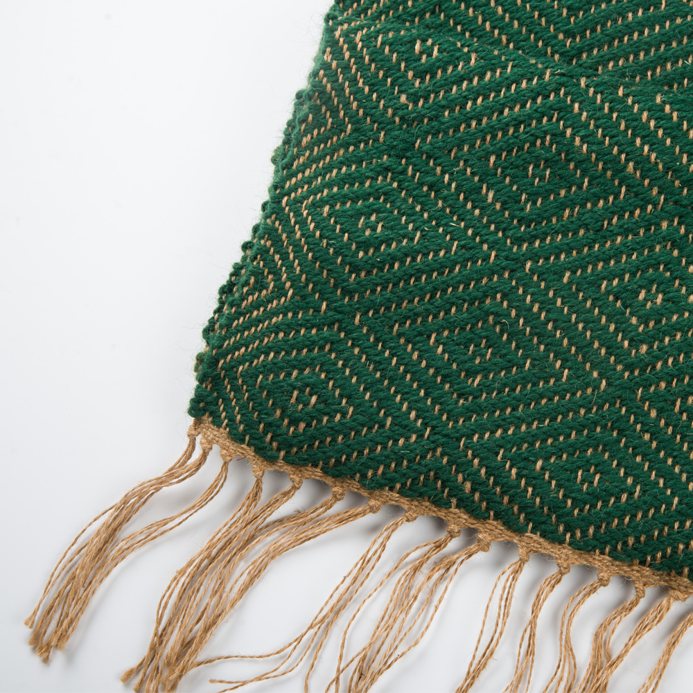 Green-wool-and-jute-bed-runner-3