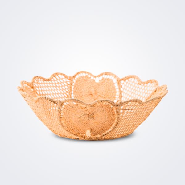 Raffia tulipan basket product picture.