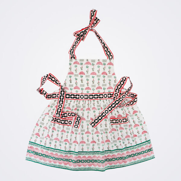 Christmas topiary apron product picture.