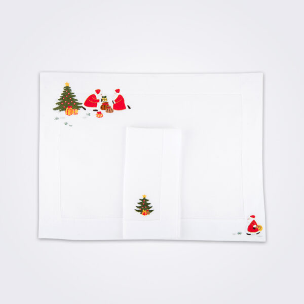Christmas tree napkin and placemat set picture.