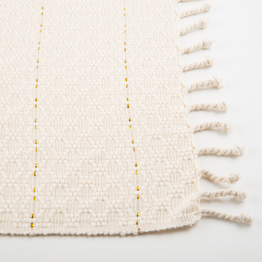 Cream-fringed-placemat-set-2