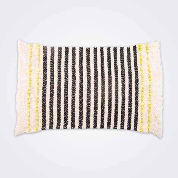 Handwoven striped cotton placemat set product picture.