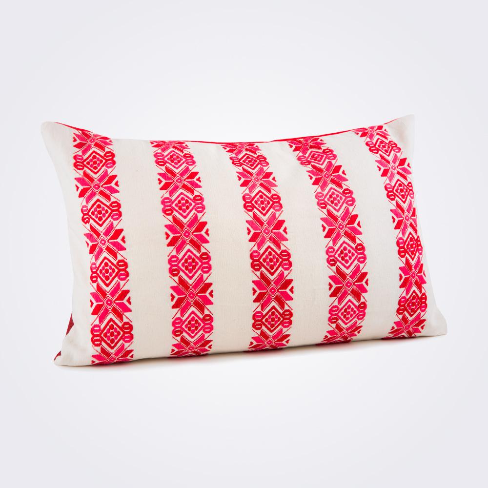 Red-stars-lumbar-pillow-cover