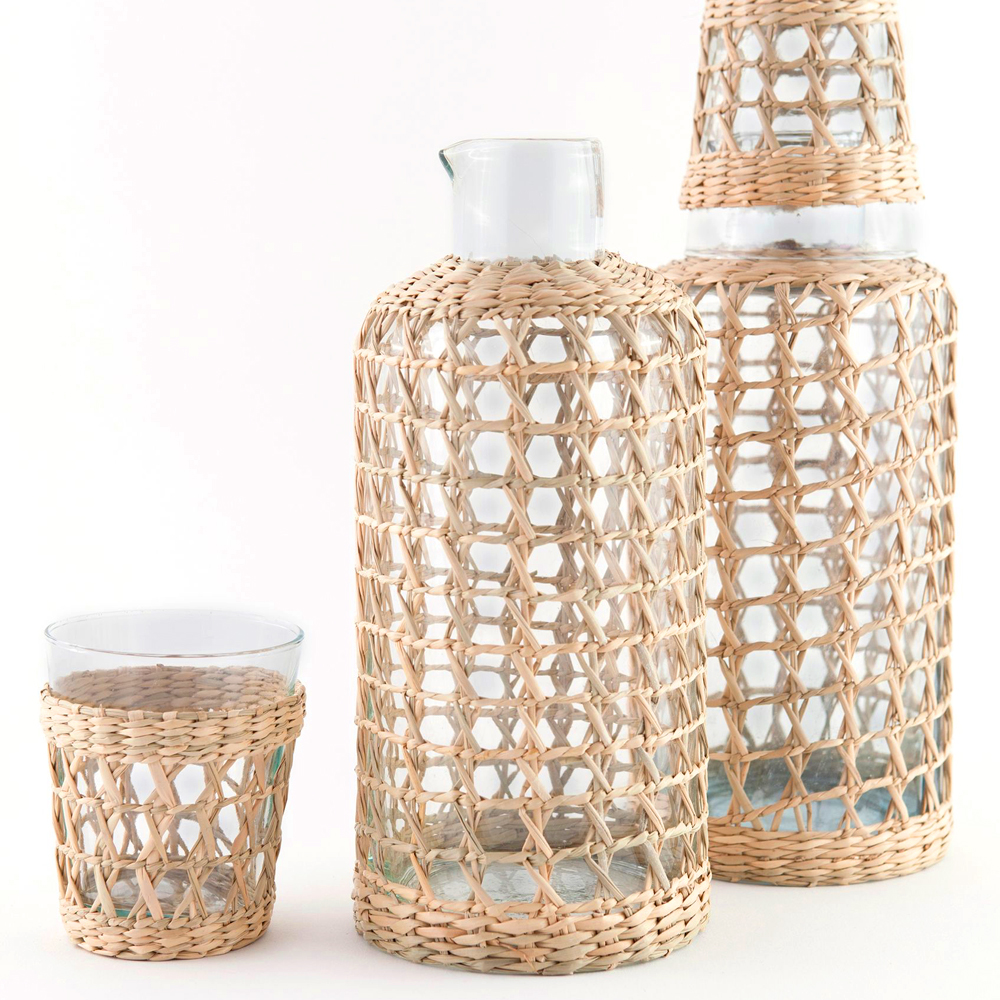 Seagrass-cage-carafe-2