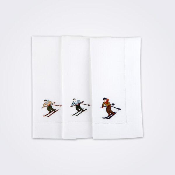 Skier napkin set picture.