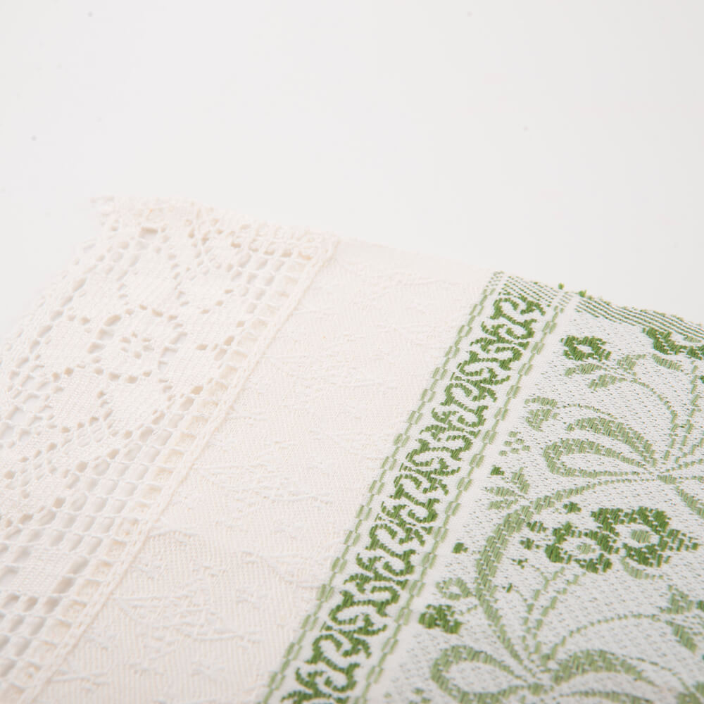 White-and-green-flower-hand-towel-3