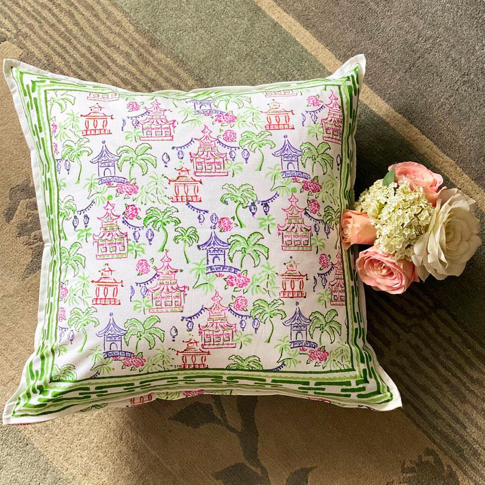Palms-and-pagodas-pillow-4