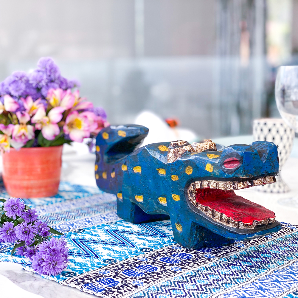 Blue wooden lizard 4