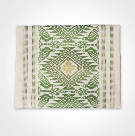 Green Clover Maxi Table Runner