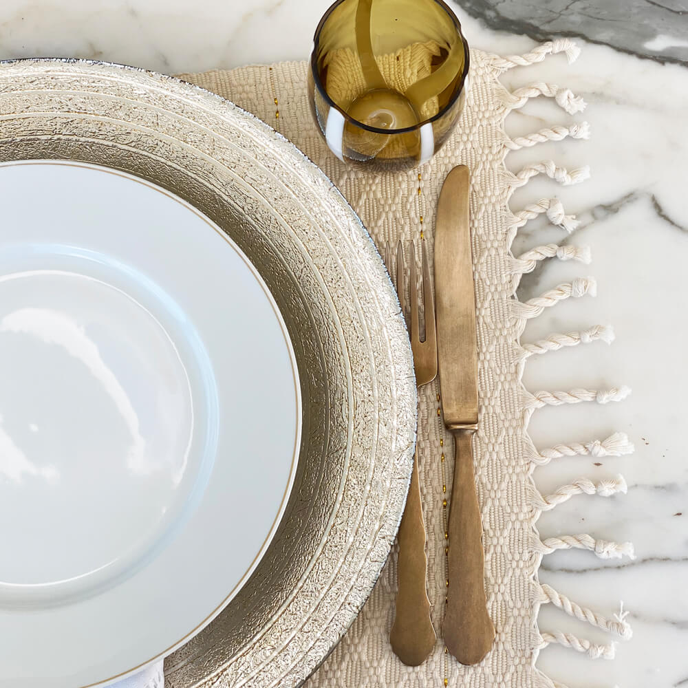 Cream-fringed-placemat-set-4