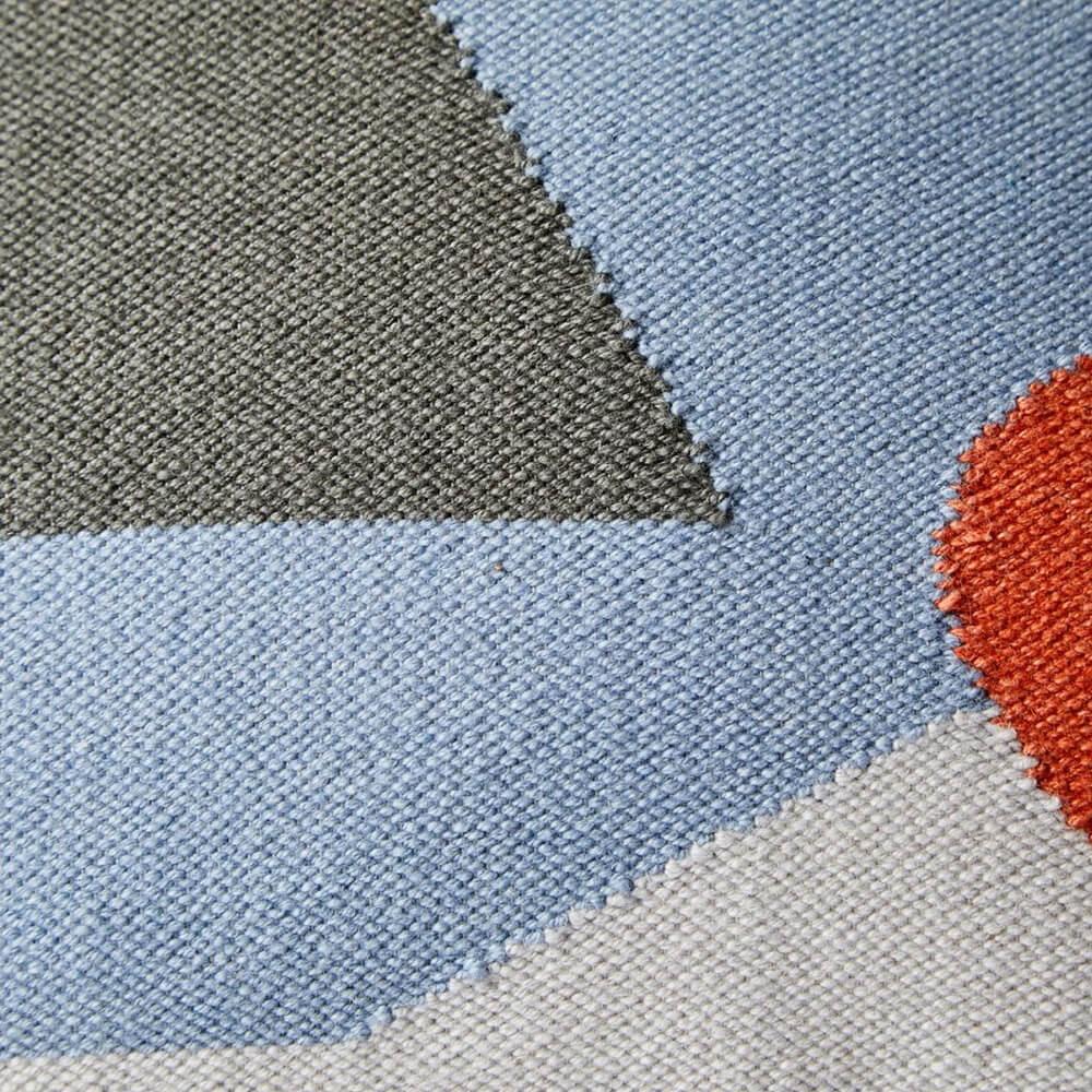 Gloom-geometrical-pillow-cover-2