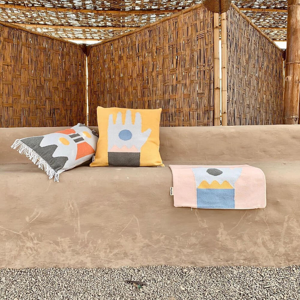 Noon-fringed-pillow-cover-4
