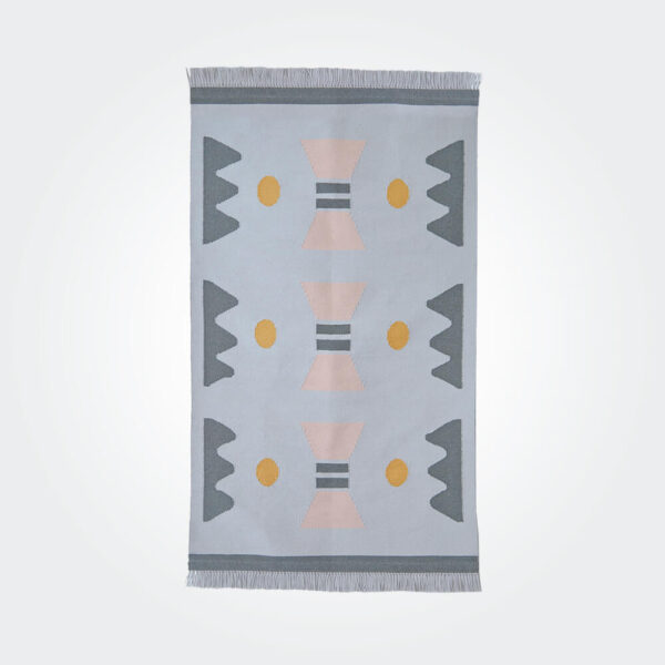 Noon wool rug product picture.