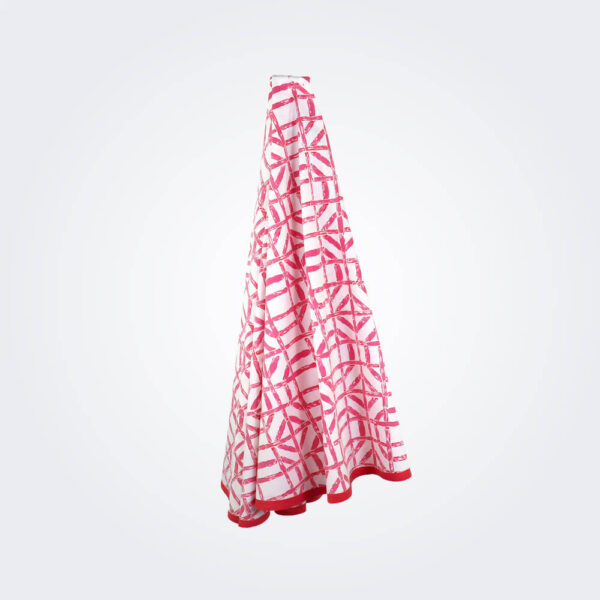Pink bamboo tablecloth product picture.