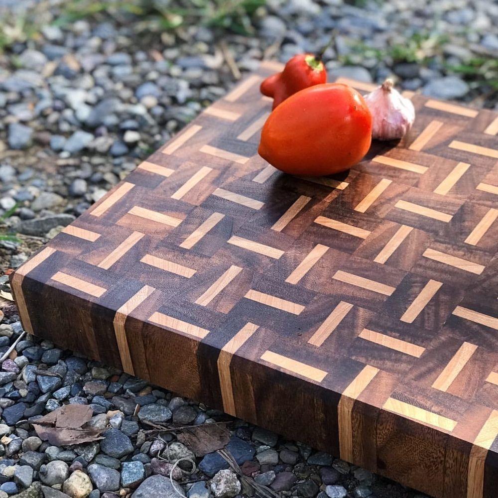 Patterned-wood-cutting-board-ctx