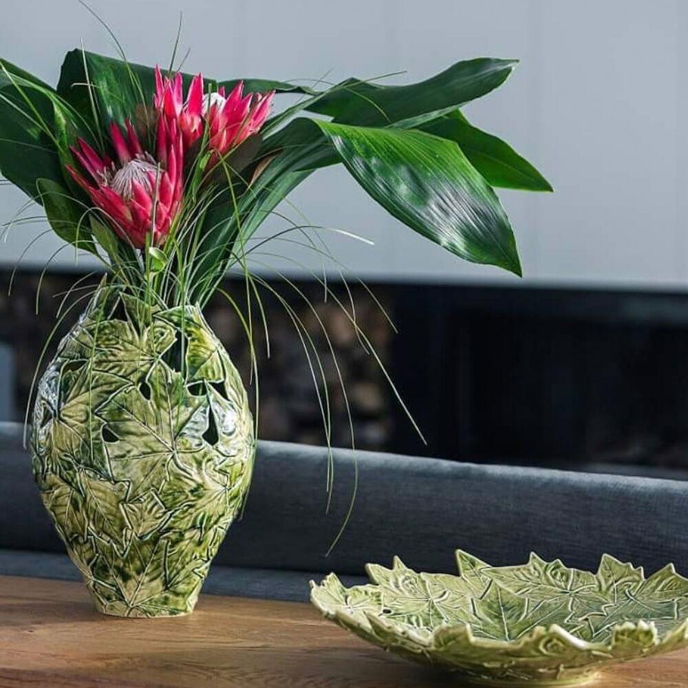 Plantain leaves ceramic tall vase ctx