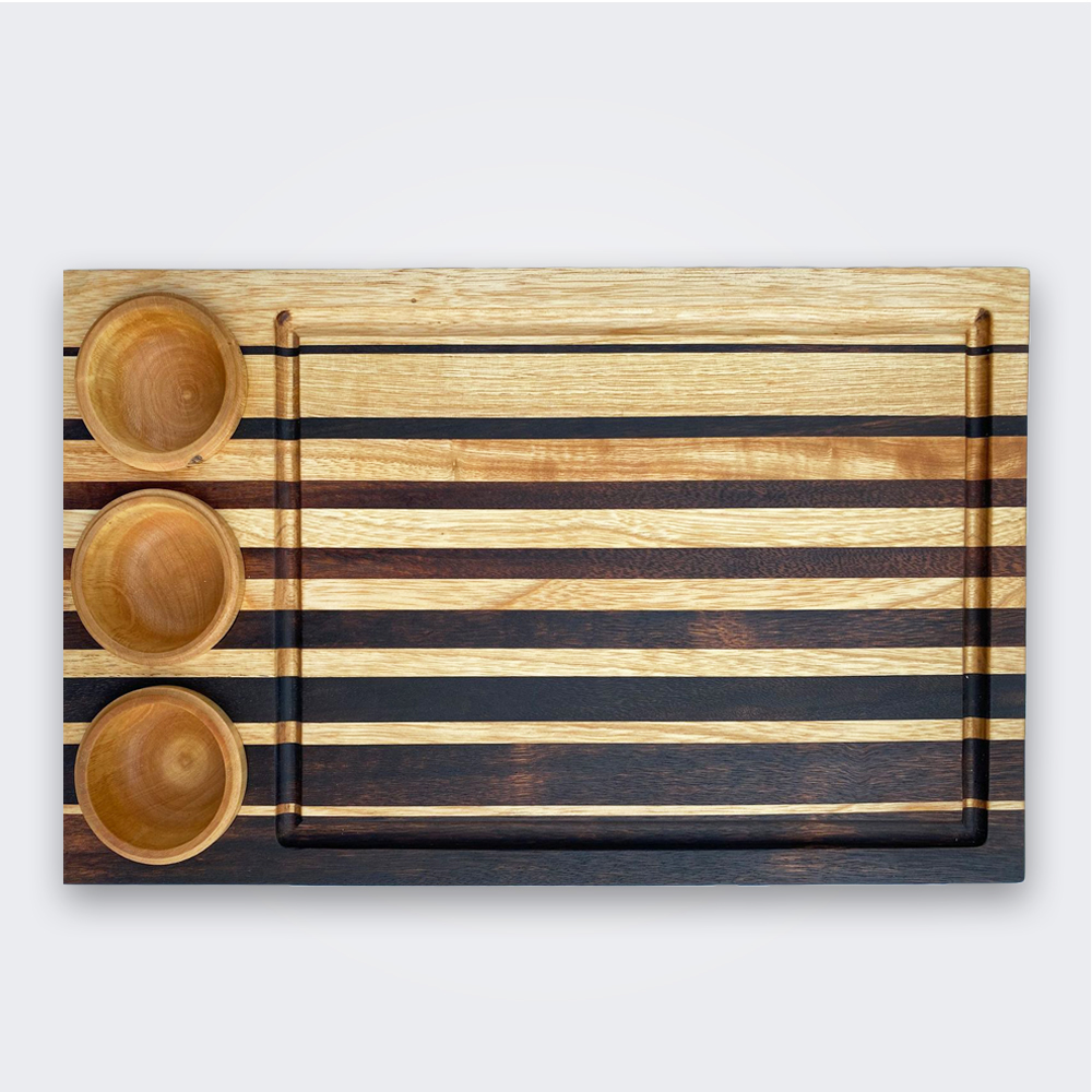 Wood-cutting-board-with-containers