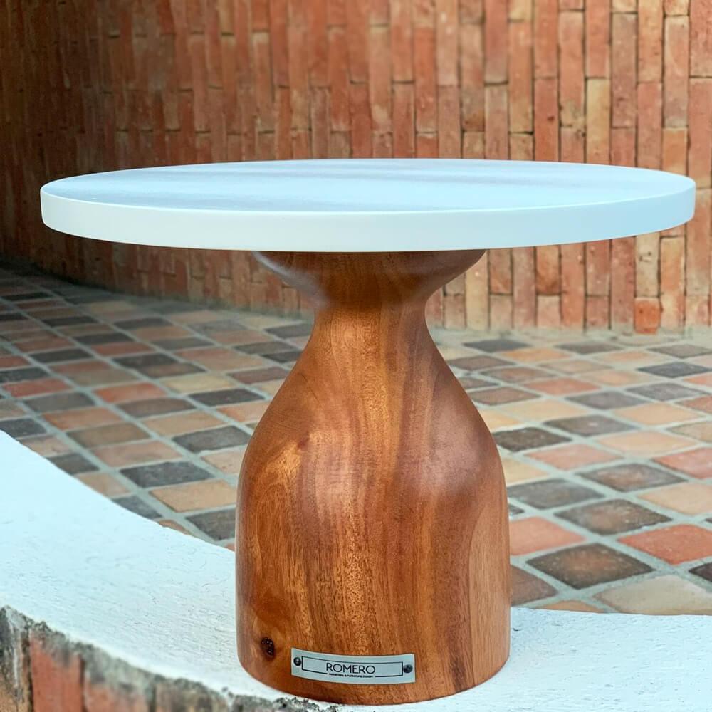 Cinaro-wood-pedestal-cake-stand-medium-4