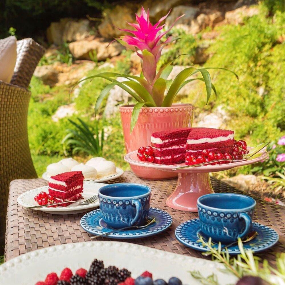 Fantasy-cake-stand-2