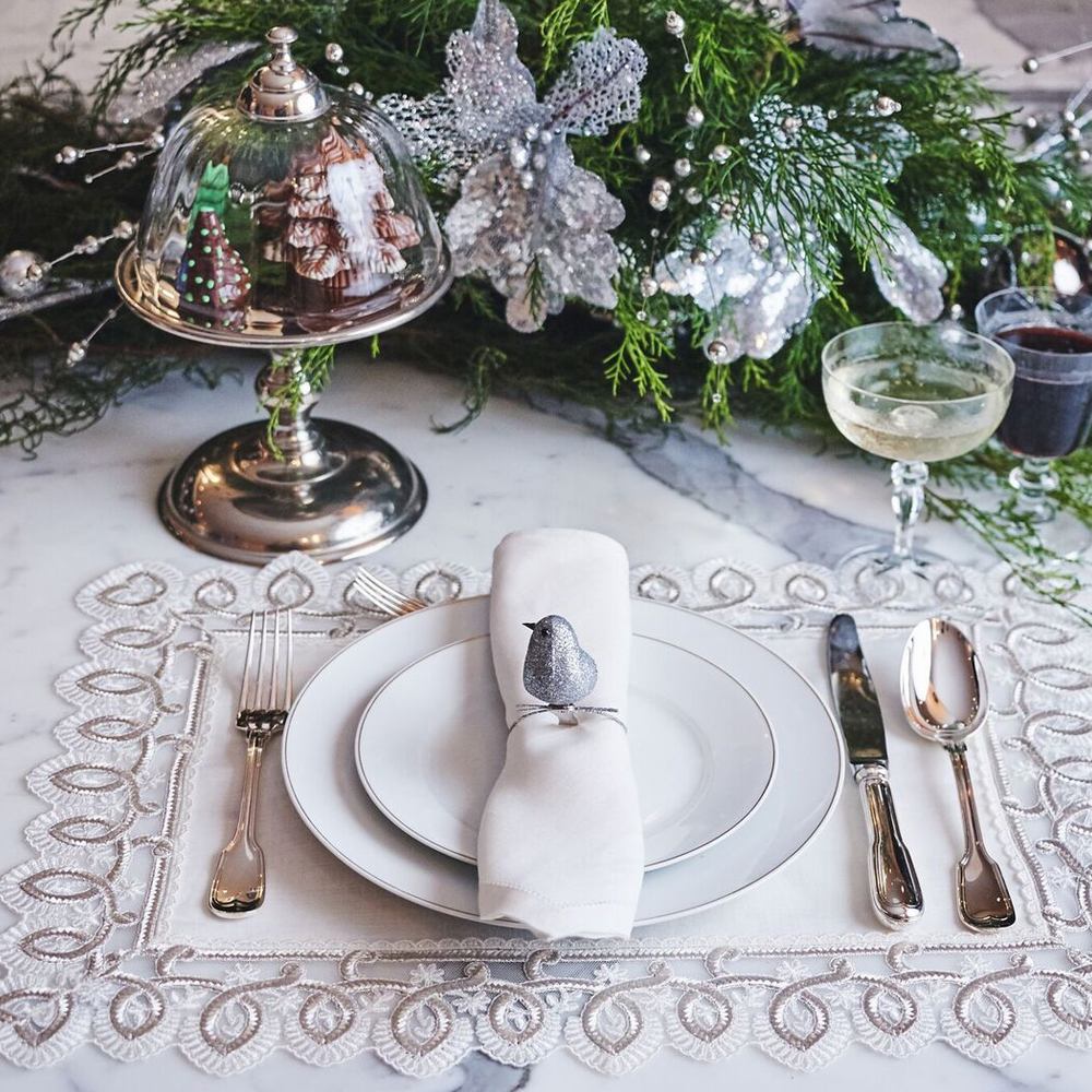 Silver-Placemat-and-Napkin-Set-001-(1)