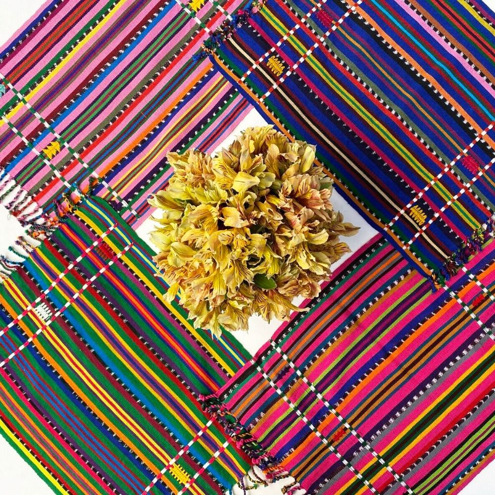 Solola-Fuchsia-placemat-set