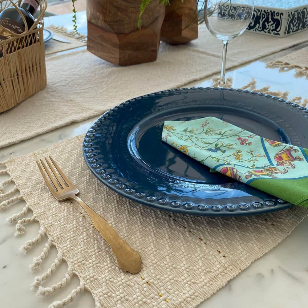 cream-fringed-placemat-set