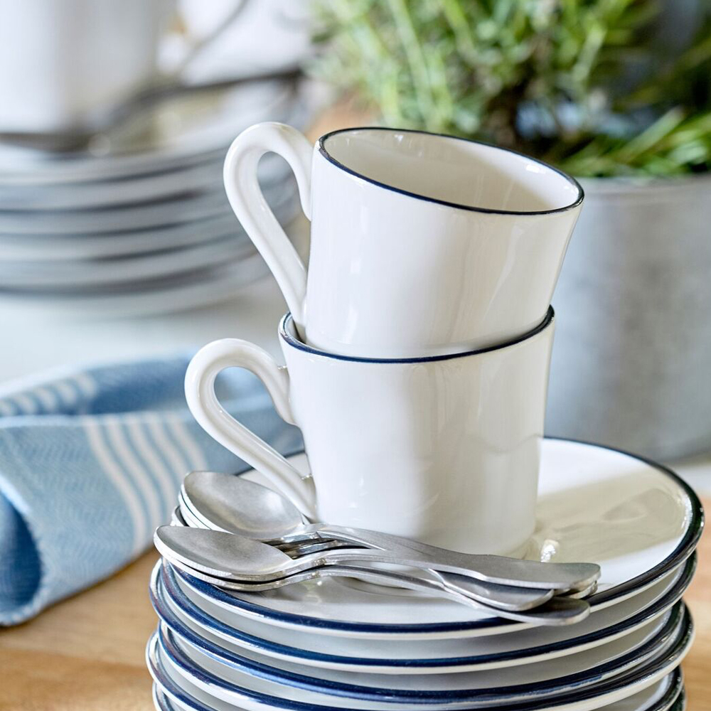 Beja-coffee-cup-and-saucer-set-3
