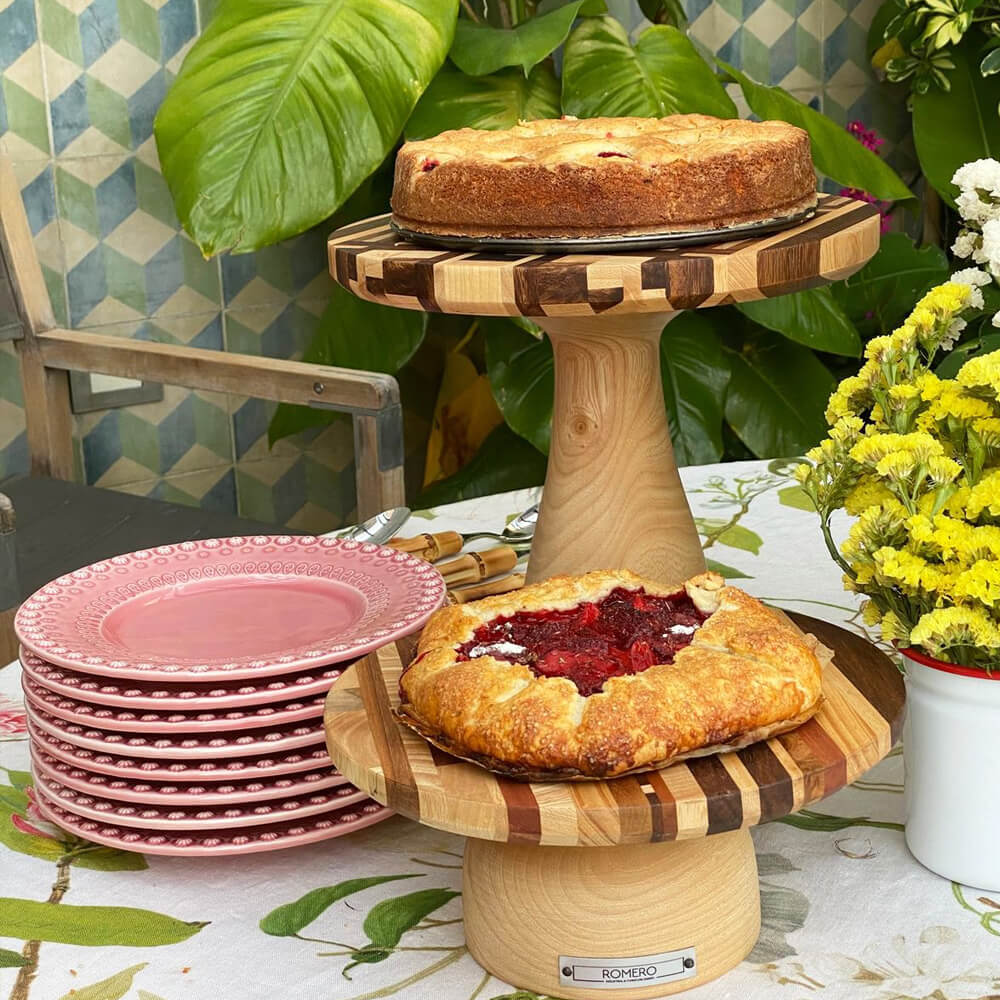 Mixed-wood-cake-stand-small-2