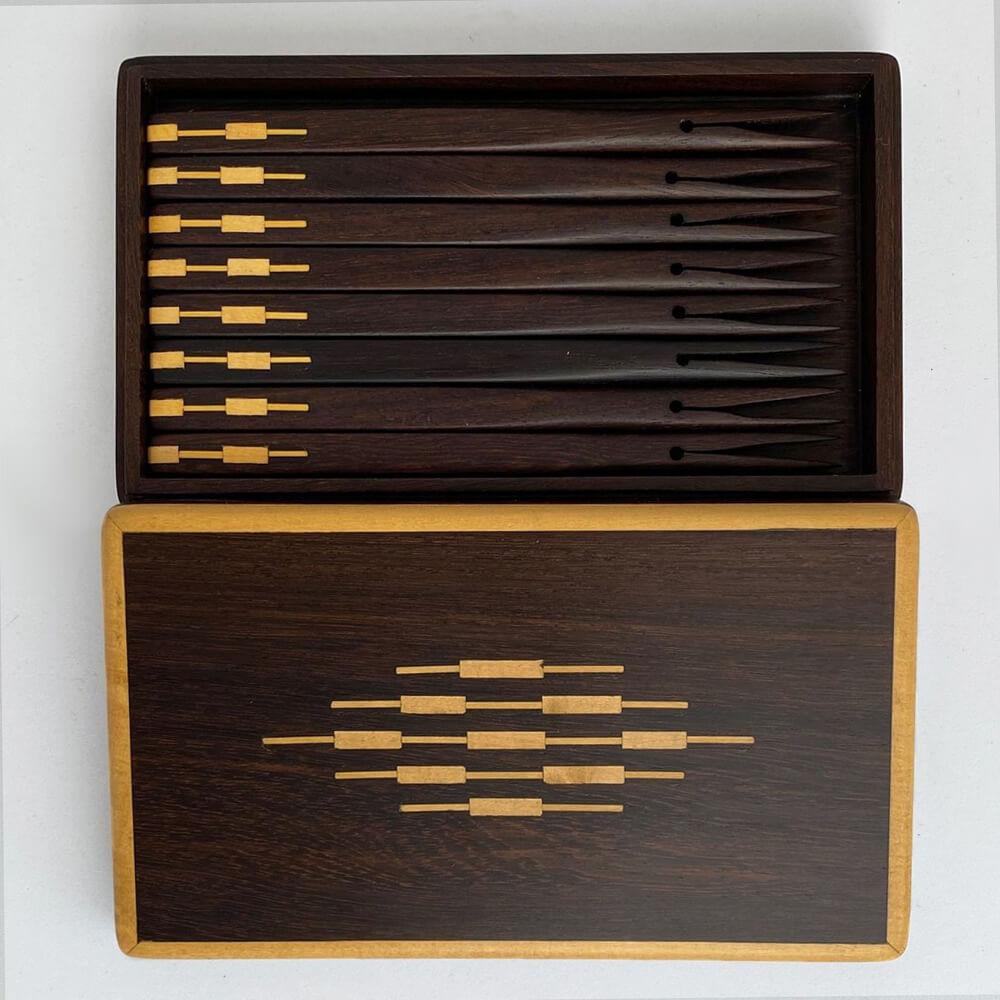 dark-wood-cocktail-sticks-box-3